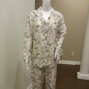 womens pajama set
